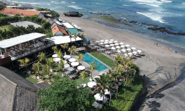 The Lawn Canggu Beach Club